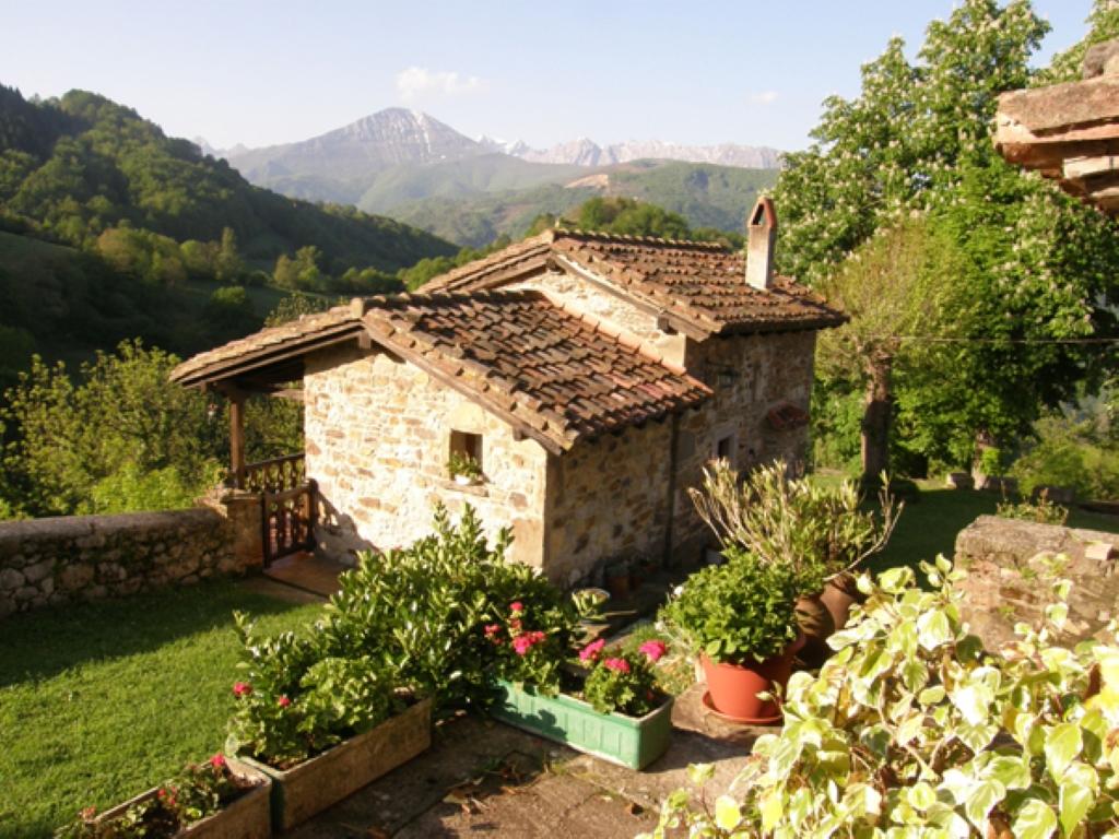Villa de lujo mansion espa a asturias lena venta en for Villas de lujo en madrid